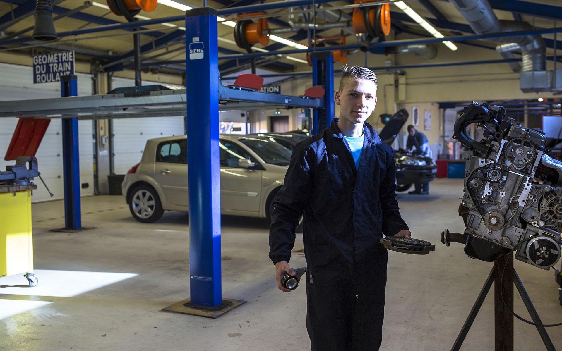 mécanicien en maintenance automobile apprentissage